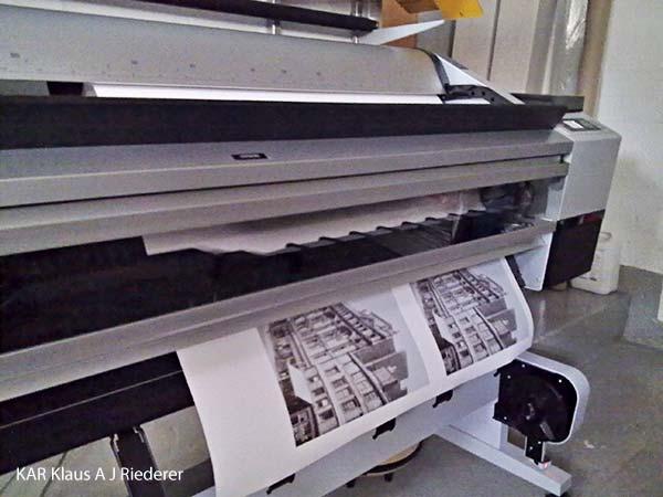 Valokuvan digitaalinen restaurointi; pigmenttivedos lasikehykseen paspalla ja museolaadulla, Oy Tallberg Ab, 08/2010