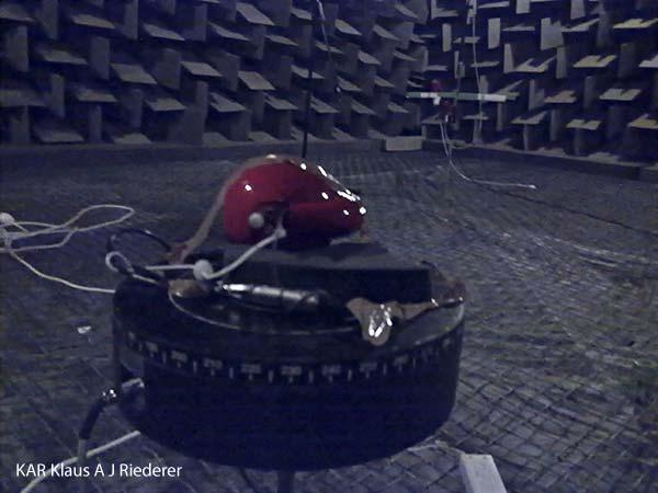 Kaiutinmittaukset, Tekniikan Maailma, TM, 12/2010