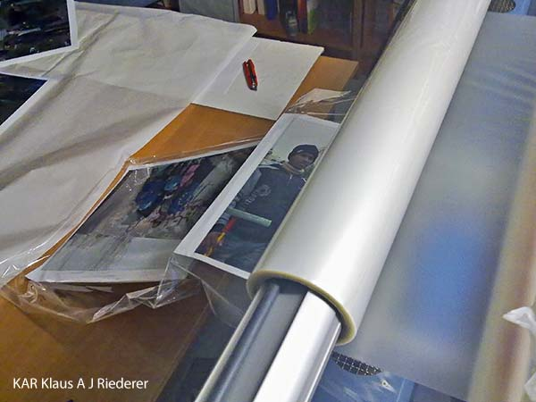 Pigmenttivedostaminen, alumiinikomposiittipohjustus & kuumalaminointi, JP Kaljonen, 10/2011