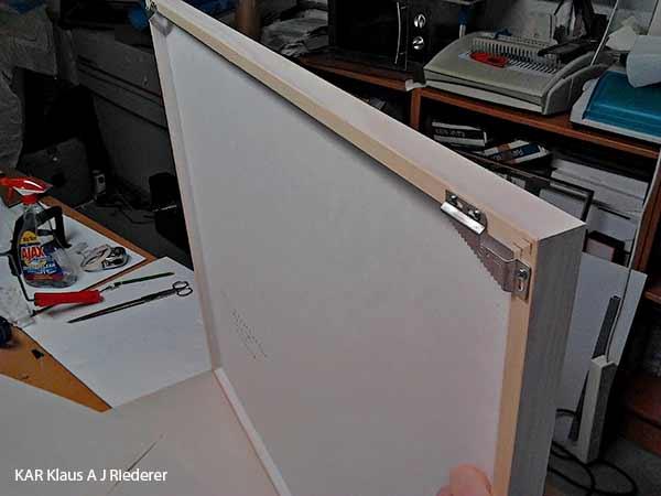 Pigmenttivedokset lasikehyksissa paspalla ja museolaadulla, Dan Palmgren, 04/2012