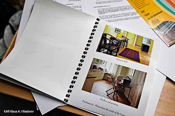 Pigmenttivedoksia muoviselkiin portfolion muodossa, Ware, 06/2013