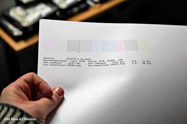 Lasinegatiivien pelastaminen, pesu ja digitointi, arkivointi ja vedostaminen, 03/2014