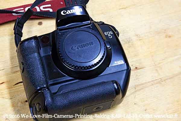Film & camera testing VII: Canon EOS 5 + VG10 + EF 50/1.8 & EF 24–105/4 & Kodak Ektachrome E100GX 135