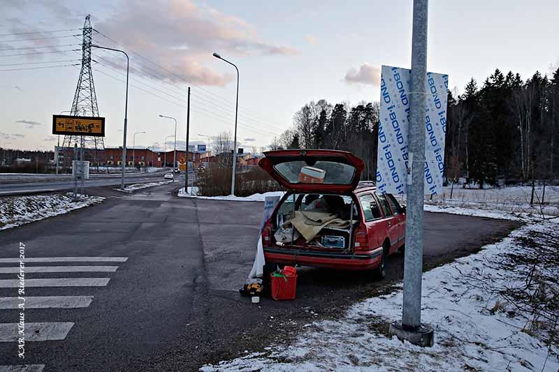 yhdessaparemmin.kar.fi Näin stadin yössä vain Lasu raataa vaalityössä
