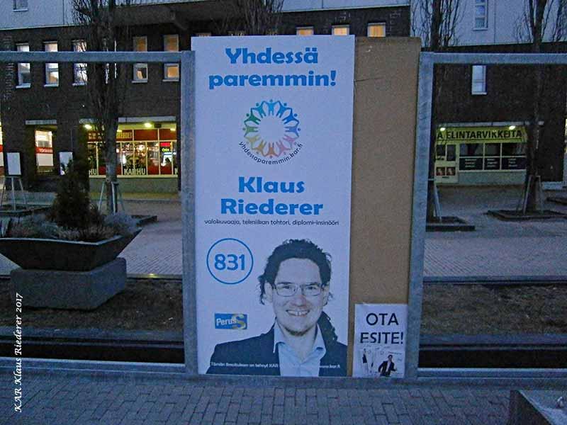 yhdessaparemmin.kar.fi Päivää herra pääministeri, saisikos teille antaa vaaliesitteeni?